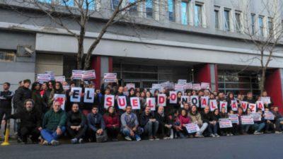 En Clarín sobrevuela el fantasma de los retiros voluntarios: Los trabajadores en ALERTA