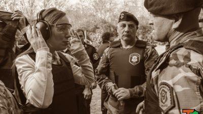 """Vidal visitó al Grupo Halcón y lanzó misiles contra los policías corruptos """"no van a seguir siendo parte de la fuerza"""""""