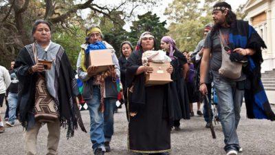 Comunidades Mapuche-Tehuelche de la Provincia recuperaron los restos de caciques que estaban en el Museo de La Plata