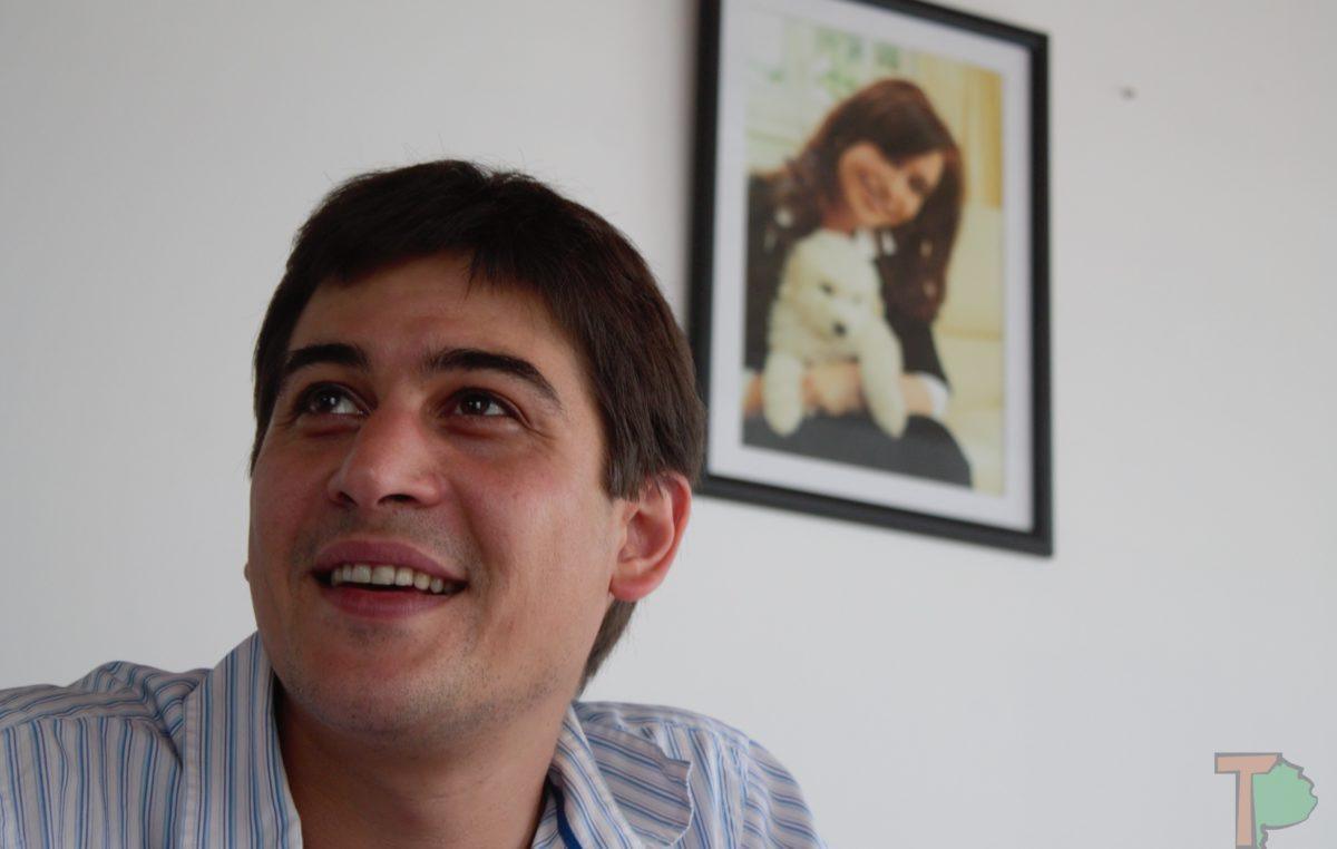 "El Kirchnerismo duro ""se le para de manos"" a Domínguez en Chacabuco"