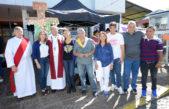 Tigre / La carpa misionera y el obispo Oscar Ojea dieron la bendición a muchos peregrinos