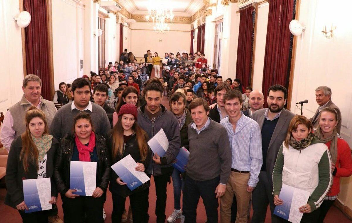 """San Miguel / Relanzan un programa que dio buenos resultados """"jóvenes con más y mejor trabajo"""""""