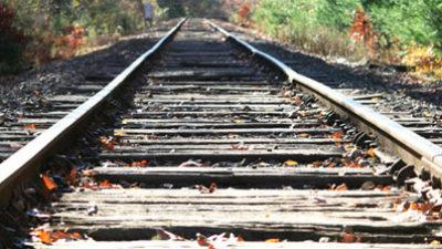 """Macri firmó un decreto que faculta a Dietrich a """"clausurar ramales ferroviarios"""" y """"levantar vías"""""""
