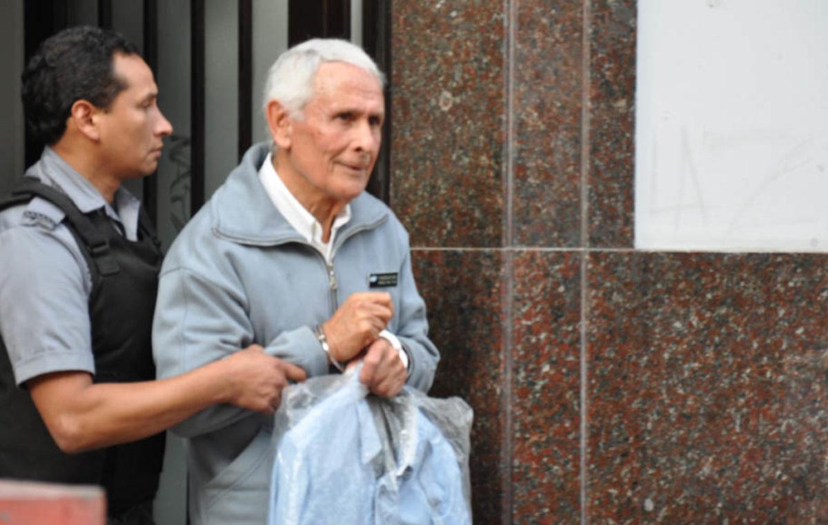 El represor Etchecolatz deberá volver a prisión