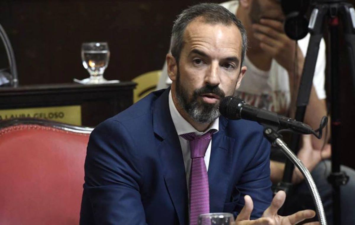 """""""Queremos a esta María Eugenia combativa"""", destacó el senador Dalton Jáuregui"""
