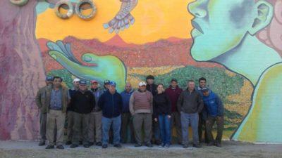 Se inauguró en Trenque Lauquen un mural con productos reciclados en la Planta de Tratamiento de Residuos