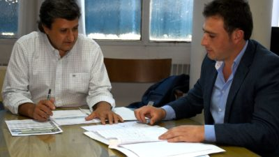 25 de mayo / El intendente presentó proyectos de agua y cloacas a la Provincia