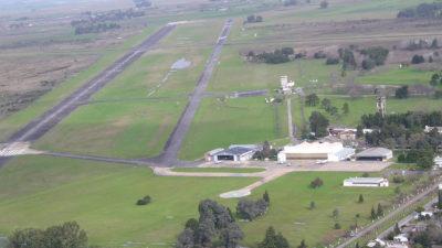 """Guillermo Bardón: """"Debemos trabajar para poner operativo al Aeropuerto de La Plata"""""""