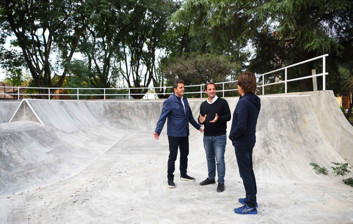 Sergio Massa visitó Escobar y recorrió obras con el intendente Sujarchuk