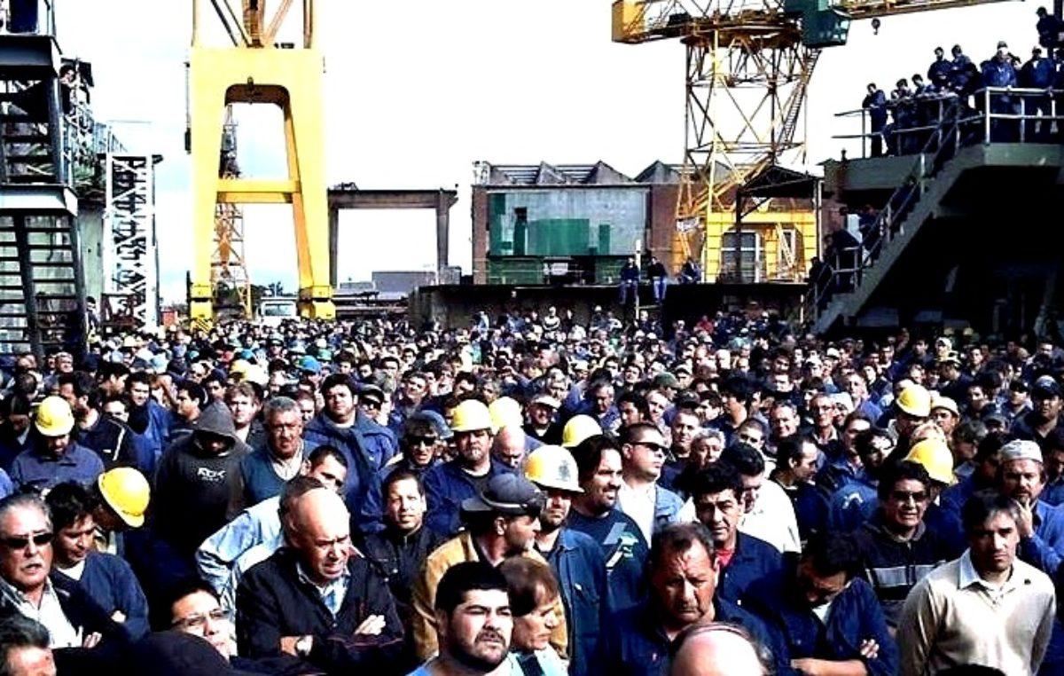 Astillero Río Santiago: los trabajadores denuncian un intento de cierre como pasó con Fanazul