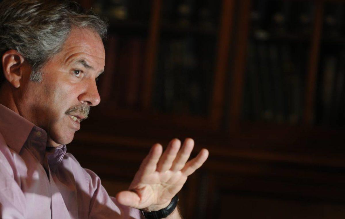 """Solá dijo que Macri """"va a pagar un enorme costo político si veta la ley contra el tarifazo"""""""