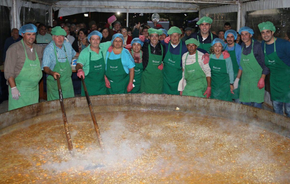 El locro más grande de la Provincia se cocinó en Bolívar