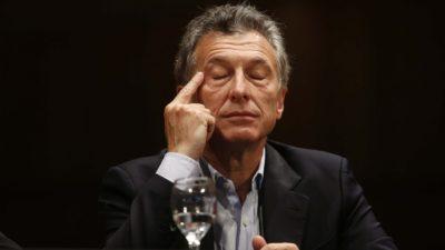 """Macri brindó una conferencia donde admitió """"problemas de coordinación entre el gabinete económico y el banco central"""""""