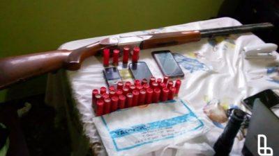 Lanús / Detuvieron a 8 personas y más de 200 dosis de cocaína en Villa Porá