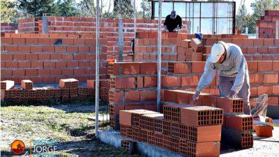 Yrigoyen avanza con la construcción de las viviendas del Plan Solidaridad
